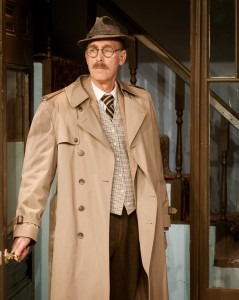 Lodi Zubko as Inspector Hubbard in Dial M for Murder